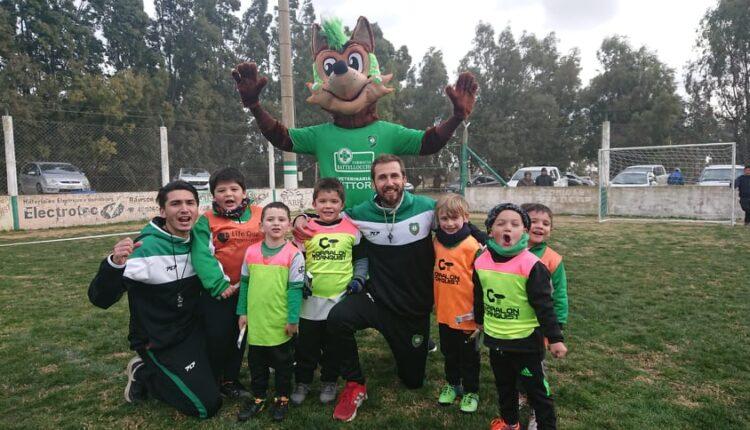 Con la presencia de CARU, las categorías 2009 a 2017 del Club Unión compartieron una tarde a puro fútbol y juegos