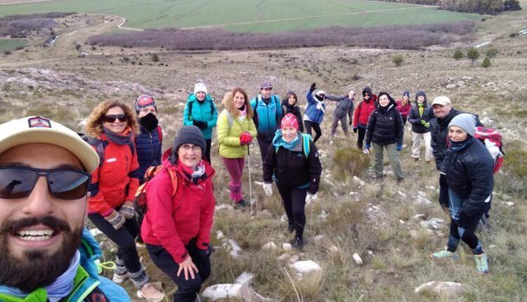 """Lucas Larralde: """"Trekking + yoga es querer vivenciar la montaña desde otro punto de vista"""""""