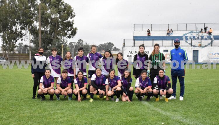 """Las chicas de Fútbol Femenino Tornquist debutaron en el torneo """"Venciendo Barreras"""""""