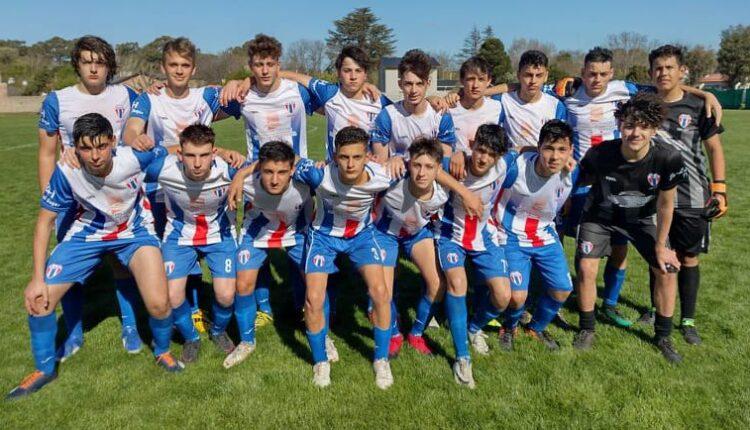 Las inferiores de Atlético Ventana debutaron en el certamen pringlense de fútbol