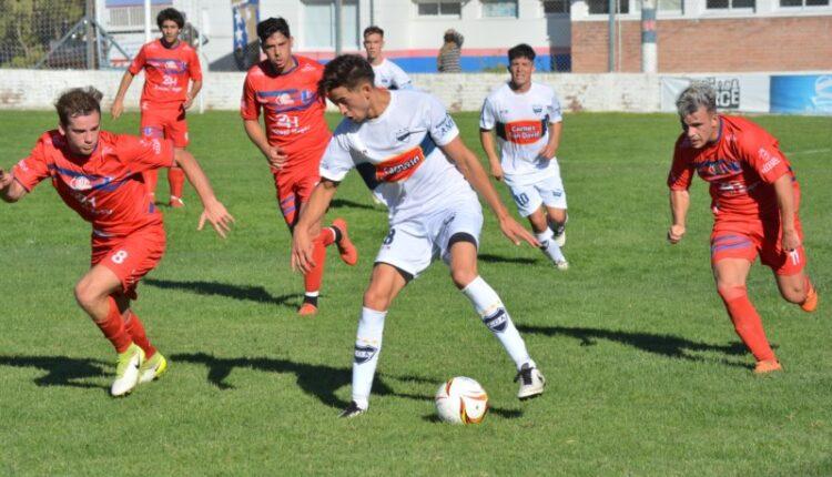 Liga Regional: En el regreso del fútbol, hubo victoria de Unión en Puan y empate de Automoto (113 fotos, comentario Automoto y notas)
