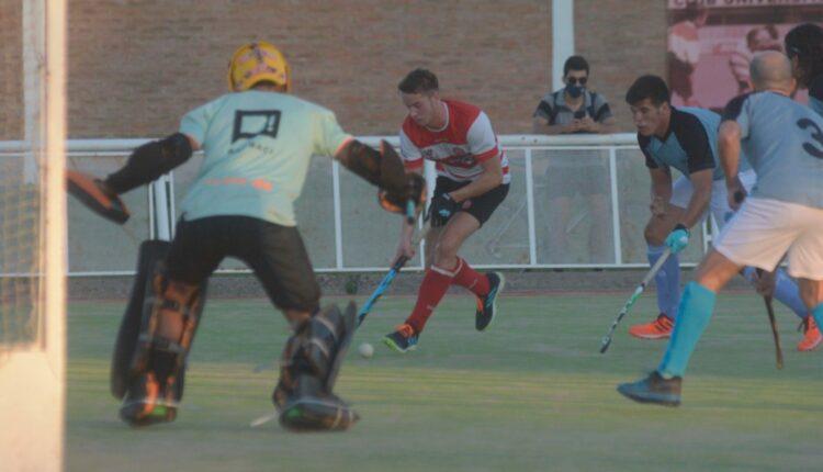 Universitario, con Ezequiel Muñoz, debutó con goleada en el Torneo Apertura de la Asociación Bahiense de Hockey