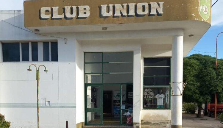 Ganadora del primer sorteo mensual del gran bono obsequio del Club Unión