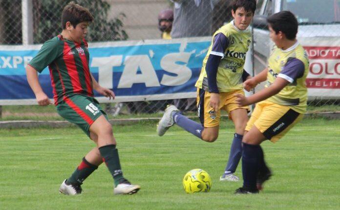 Liga Regional de Fútbol: el comienzo para los chicos fue a medias