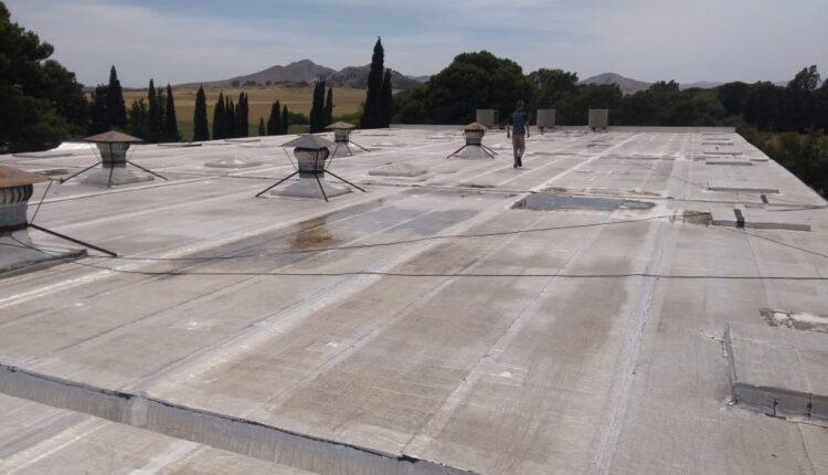 Reparaciones en el Gimnasio Municipal 'Eva Peron'