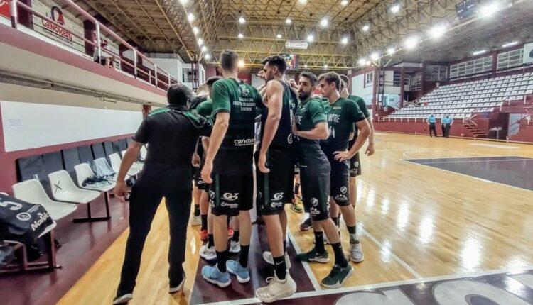 Básquetbol: Villa Mitre, con Ramiro Heinrich, sigue de racha y venció a Rocamora