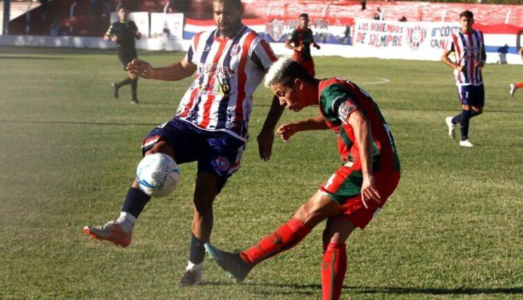 """Federal A: Con un jugador menos y sin """"Galli"""" Pfund, Peñarol rescató un punto sobre el final"""